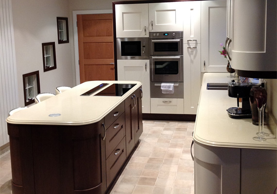 Clonmel Painted Ivory with Clonmel Stained Wenge and 30mm Crema Clara Quartz Worktops.